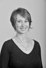 Gabrielle Hampikian : Manager